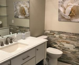 Bathroom with stone wall finish