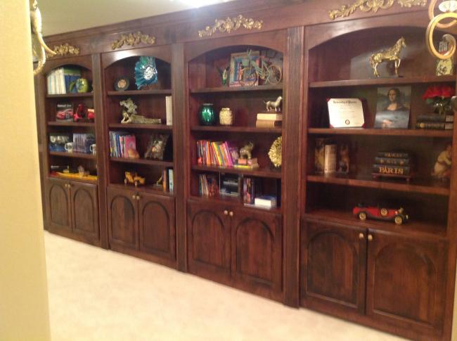 Castle Pines Bookshelf
